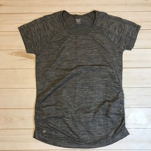 Athleta XL Breathe Gray Work Out Shirt Fitted
